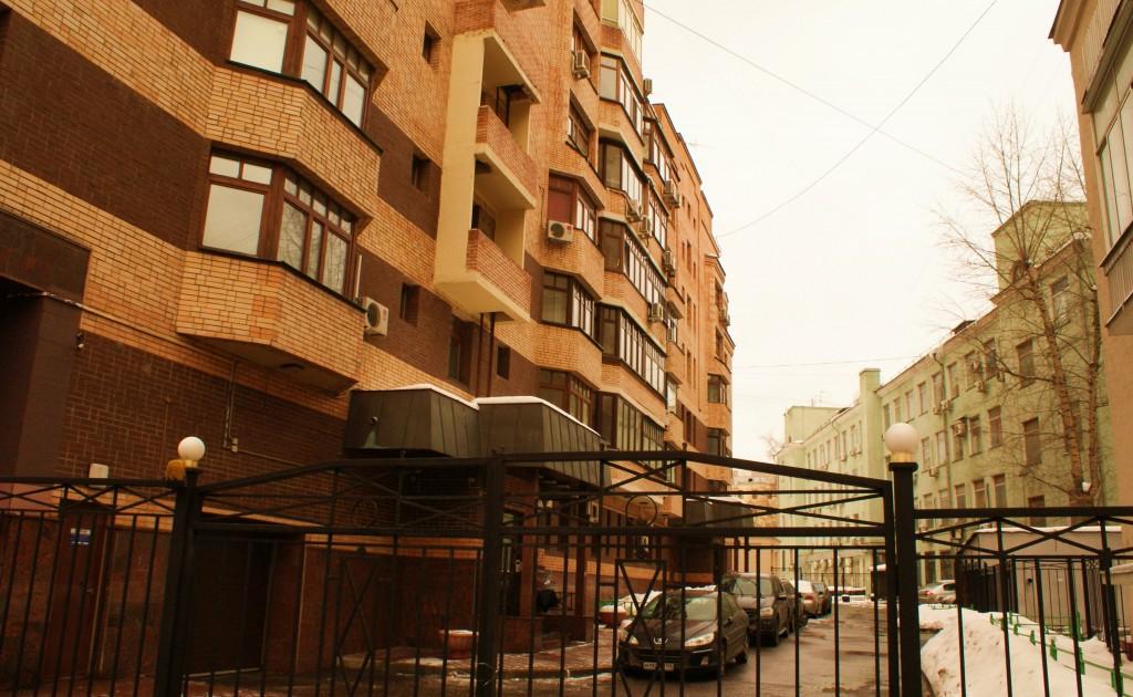 Immeuble typique du centre-ville de Moscou. Un 4 et demi pièces se loue entre 8000-15 000$ USD !