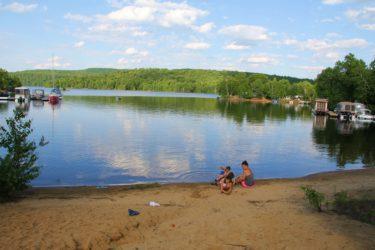 Séjour en famille au Parc régional Kiamika #Laurentides